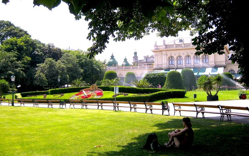 Beč - park Kursalon © Compress / Verena Brkić