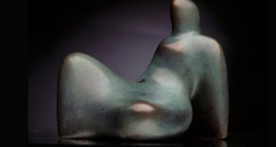 Slave Ajtoski - Devojka što sedi, bronzana figura