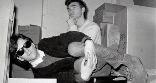 Johnny Marr i Morrissey - The Smiths, 1983. (Photo by Clare Muller/Redferns)