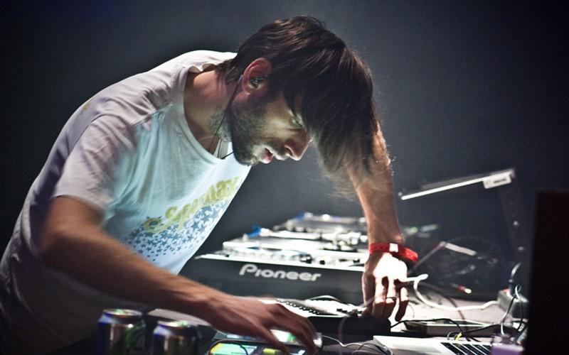 DJ Lindstrom