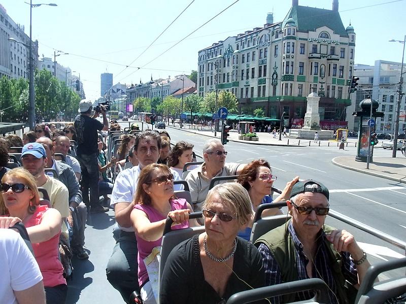 Razgledanje Beograda iz otvorenog autobusa