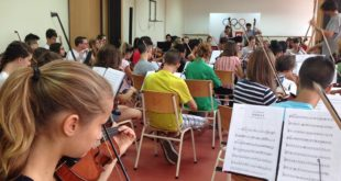 Orkestar sto mladih