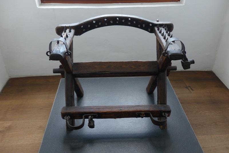 Srednjovekovne sprave za mučenje