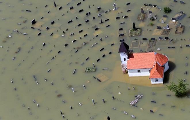 Betina fotografija godine: Damir Senčar - Poplave, Gunja