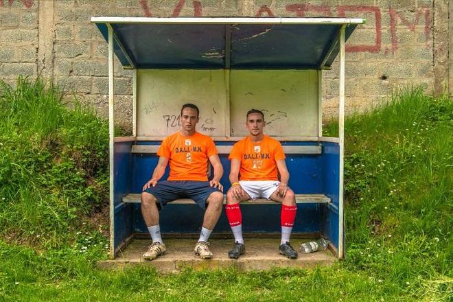 Srebrenica danas: Nikola i Aljo, fudbaleri FK Guber (foto: Dejan Petrović)