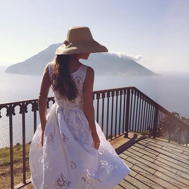 Idealna za leto - bela haljina