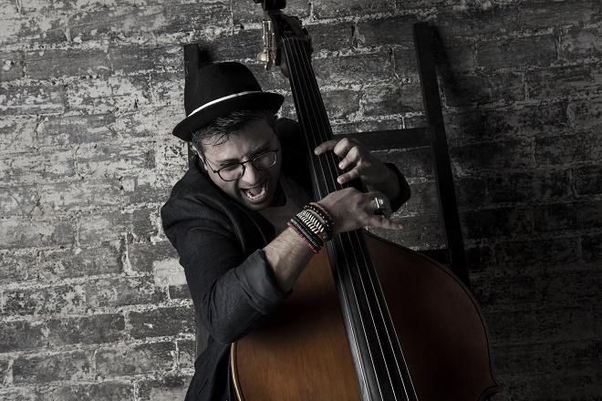 Bass Passion - Adam Ben Ezra (foto: Ezra Gozo Mansur)