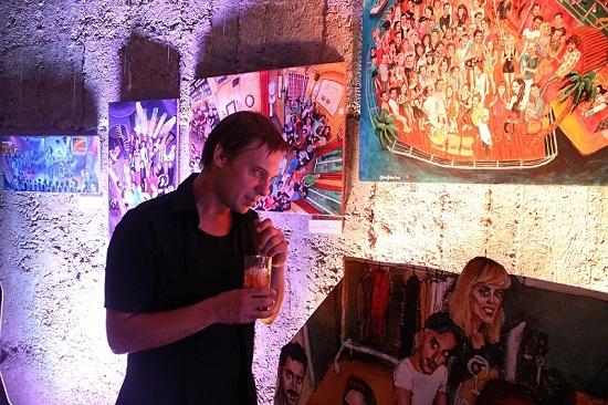 Galerija Štab u narandžastim tonovima