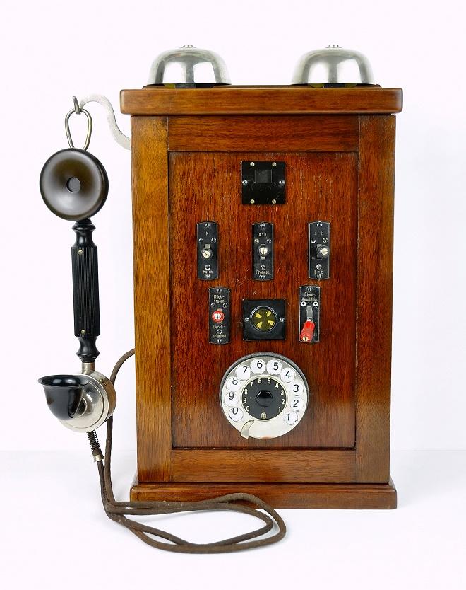 Teslin svetski sistem - kućna telefonska centrala