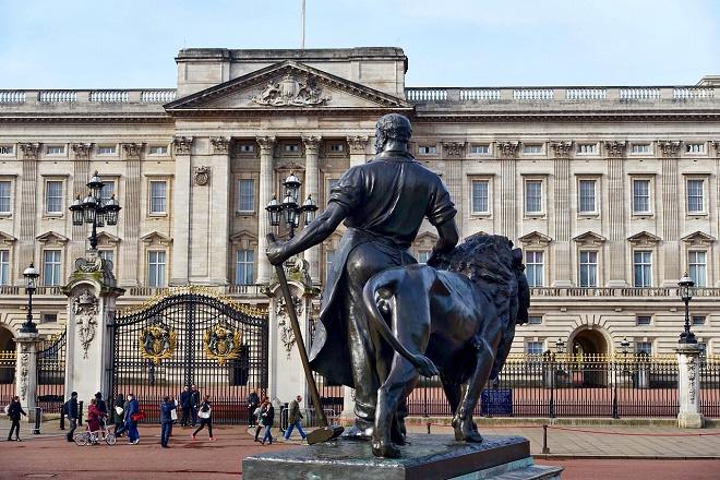 Beograđanka u Londonu: Da se opravi palata!