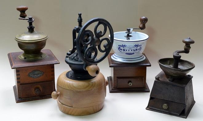 Evropski tip mlina za kafu (kolekcija Radmila Mulića)