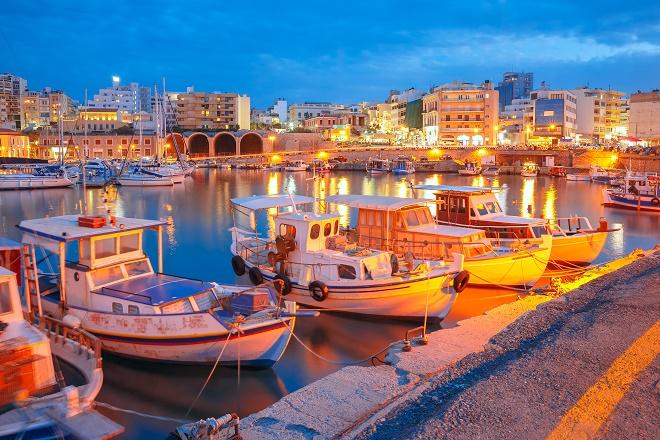 Heraklion – more, vino i veoma duga istorija