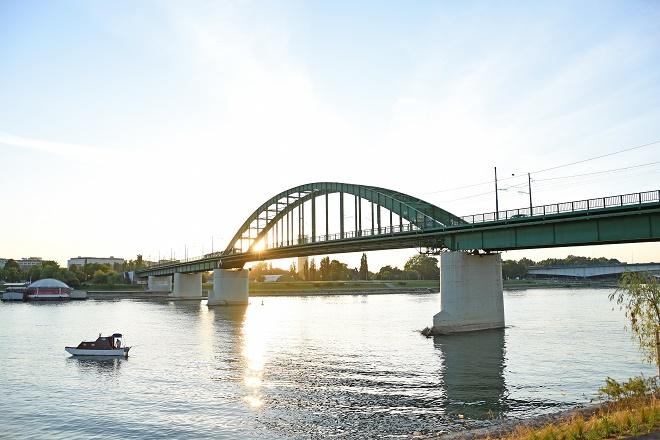 Stari savski most (foto: Shutterstock)