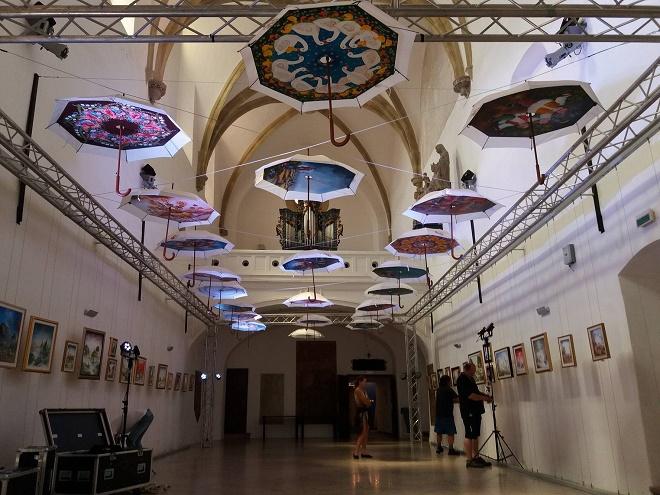 CZKD: Putovanje naivnih kišobrana