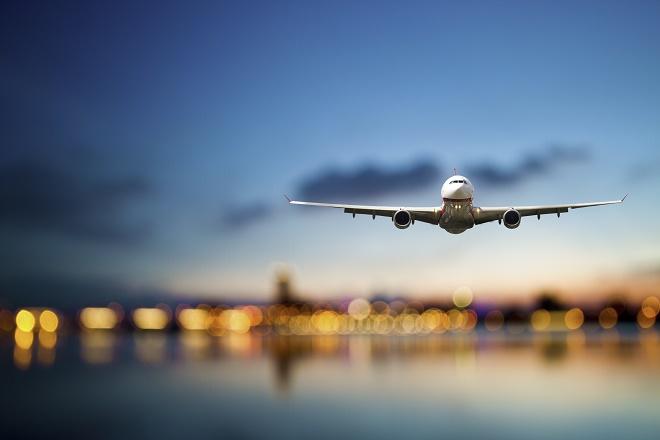 "Zimski red letenja: Aerodrom ""Nikola Tesla"" Beograd (foto: Shutterstock)"