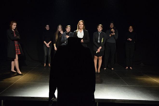 Studio Centar: Vreme je za pozorište - Otuđenje