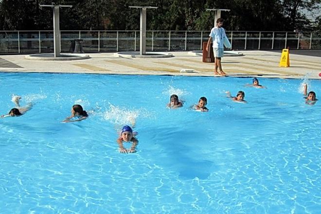 Besplatna škola plivanja: Vaučeri za đake