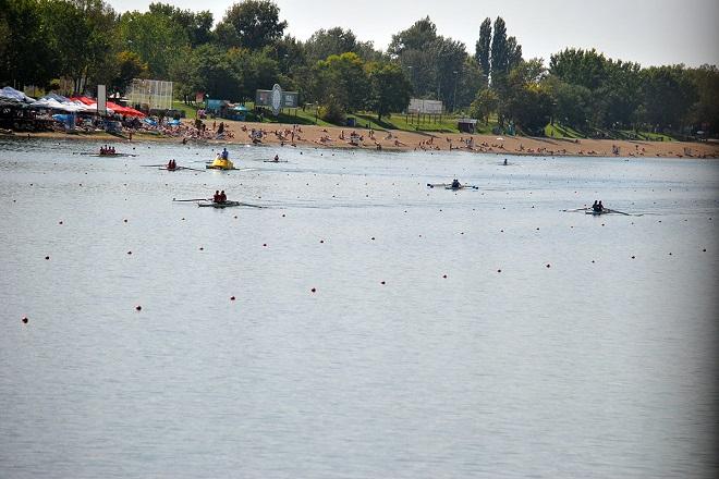 Veslačka takmičenja na Savskom jezeru (foto: VSS)