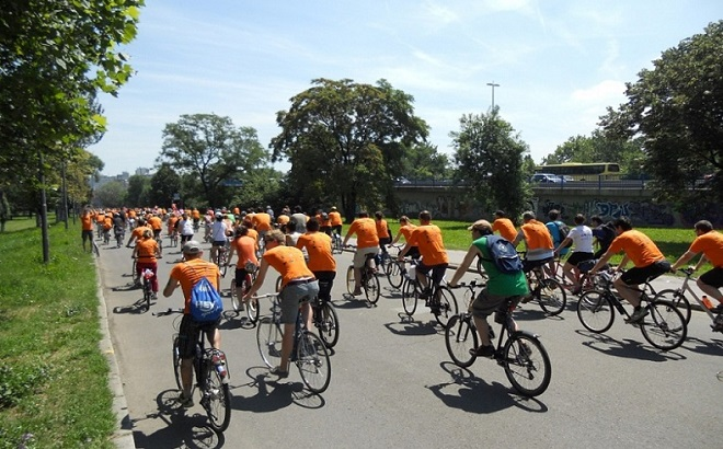 Beograd Velograd: Orange Bike Ride