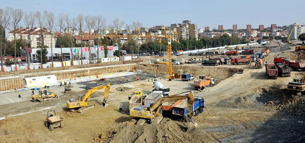 Novi tržni centar u izgradnji (foto: Beoinfo  Predrag Mitić)