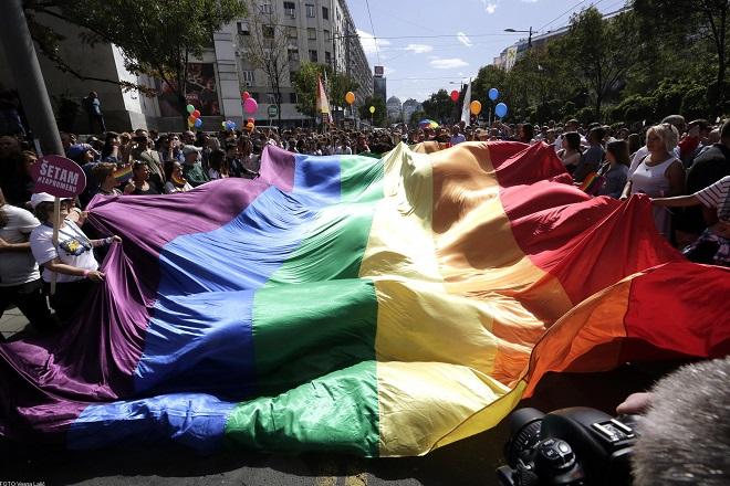 Parada ponosa (foto: parada.rs)