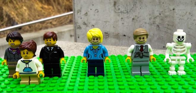 LEGO kolekcija Pogrebnog muzeja Beča: Ožalošćena porodica (foto: Harald Lachner)