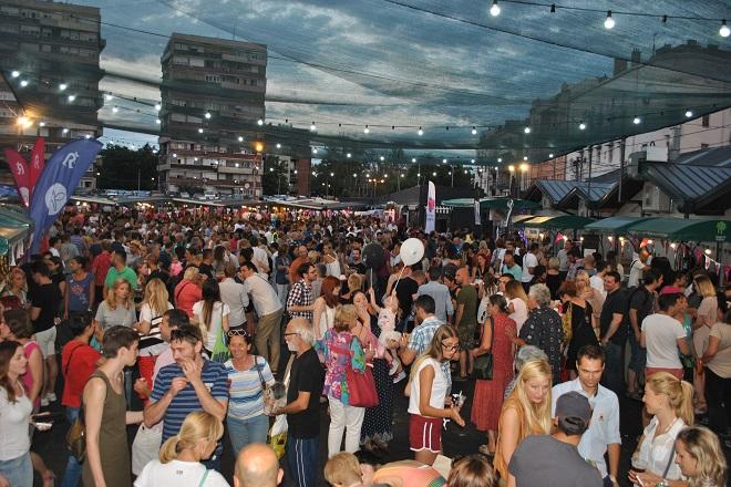 Beogradski noćni market na Kalenić pijaci