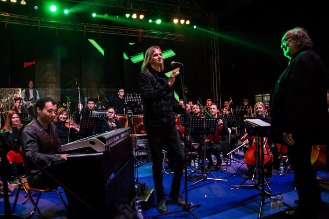 Besplatni koncerti na Ušću: Smak simfonija