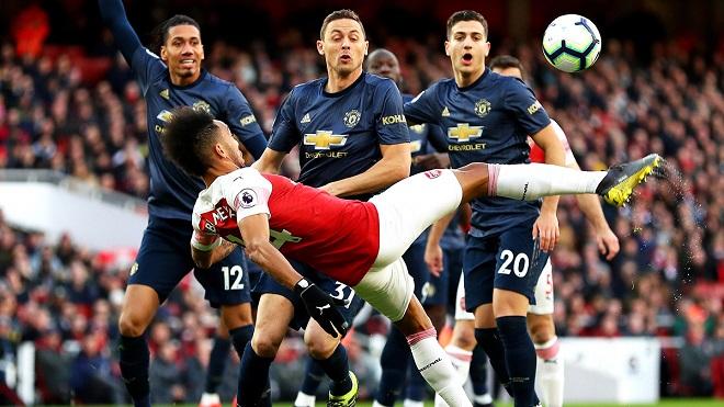 DERBI S DVA RASPOLOŽENJA: Mančester Junajted - Arsenal (foto: Meridianbet)