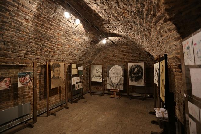 Galerija u unutrašnjoj Stambol kapiji