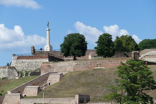 Spomenik Pobednik na rekonstrukciji