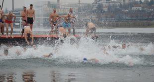 Bogojavljenje na Adi Ciganliji - bogojavljensko plivanje za Časni krst