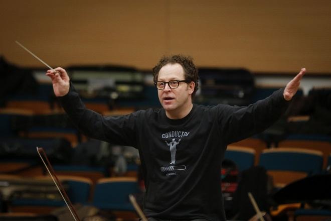Dirigent Džon Ekslrod i Beogradska filharmonija (foto: Marko Đoković)