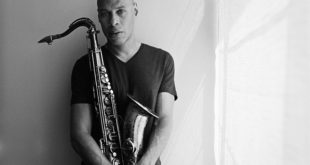 Džošua Redman - najveći svetski tenor saksofonista u Beogradu (foto: Majkl Vilson / Michael Wilson)