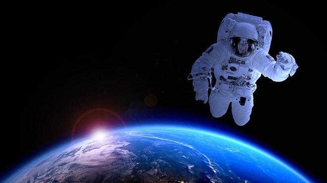 Da li znate... da će Raskosmos do 2023. omogućiti svemirskim turistima da prošetaju kosmosom (foto: PIRO4D / Pixabay)