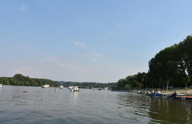 Grocka na Dunavu: stara varoš viđena sa reke (foto: Z. Atić)