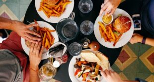 """Redovna ishrana nije problem, ali """"grickanje"""" između obroka... (foto: © Dan Gold)"""