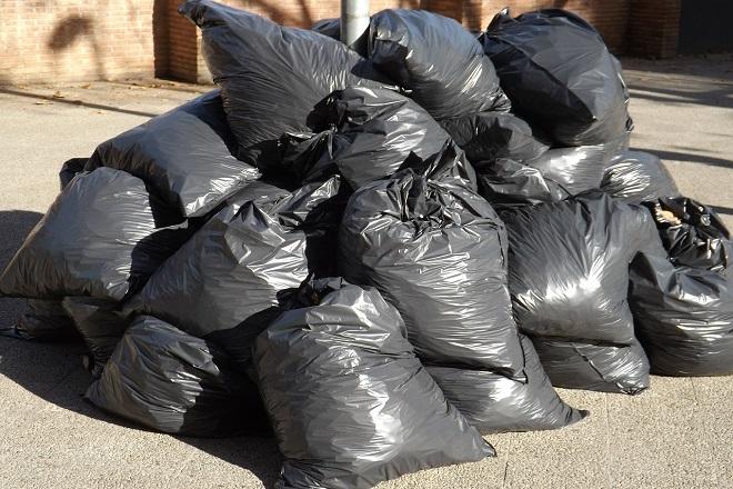 """Da li znate... da radnici """"Gradske čistoće"""" svakog dana odnesu 1.500 tona smeća na jedinu deponiju u Vinči (foto: Pixabay)"""