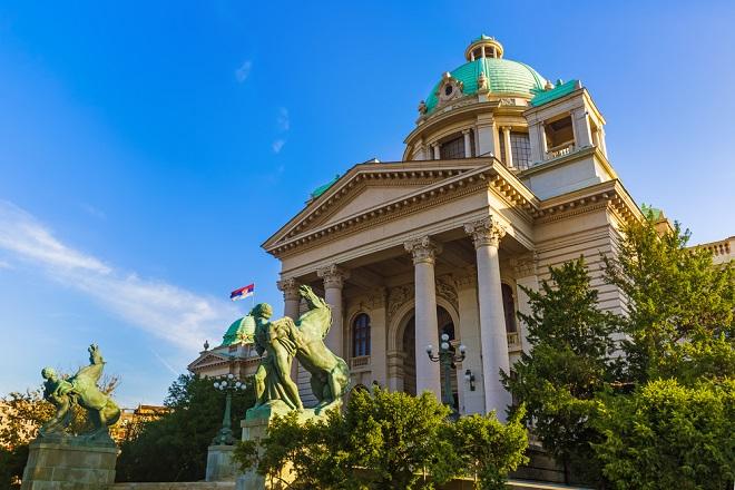 Samovolja i bahatost srpskog državnog vrha (foto: Tatiana Popova / Shutterstock)