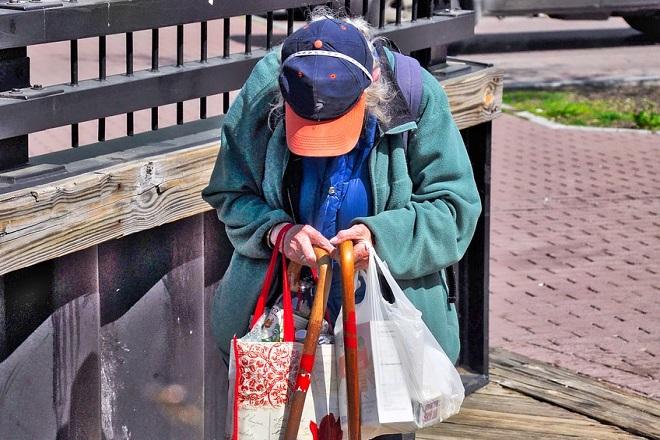 Beleške jednog penzionera: Aleksandar Vučić opet obmanjuje penzionere (foto: Pixabay)