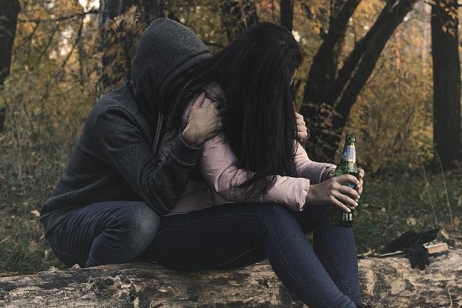 Da li znate... da skoro svaki treći srednjoškolac u Srbiji pije alkohol (foto: Pixabay)