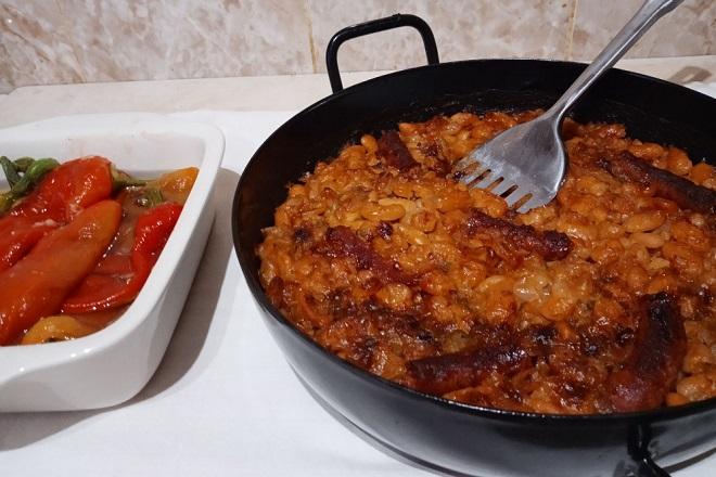 Recepti: Prebranac sa kobasicama (foto: Nenad Mandić)