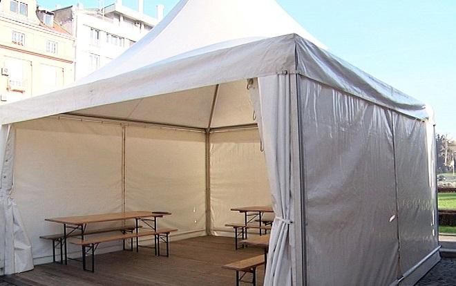 Šatori čekaonice za sve kovid-ambulante u Beogradu (foto: beograd.rs)