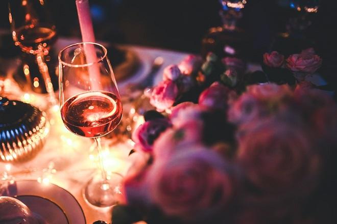 Doček Nove godine: Hrana i redosled pića (foto: Pixabay)