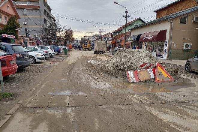 Izmene u saobraćaju i na linijama javnog gradskog prevoza - radovi u Beogradu: Bratstva i jedinstva, Borča (foto: Nenad Mandić)