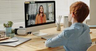 Raspored časova: Online i TV nastava za učenike osnovnih škola (foto: Julia M Cameron / Pexels)
