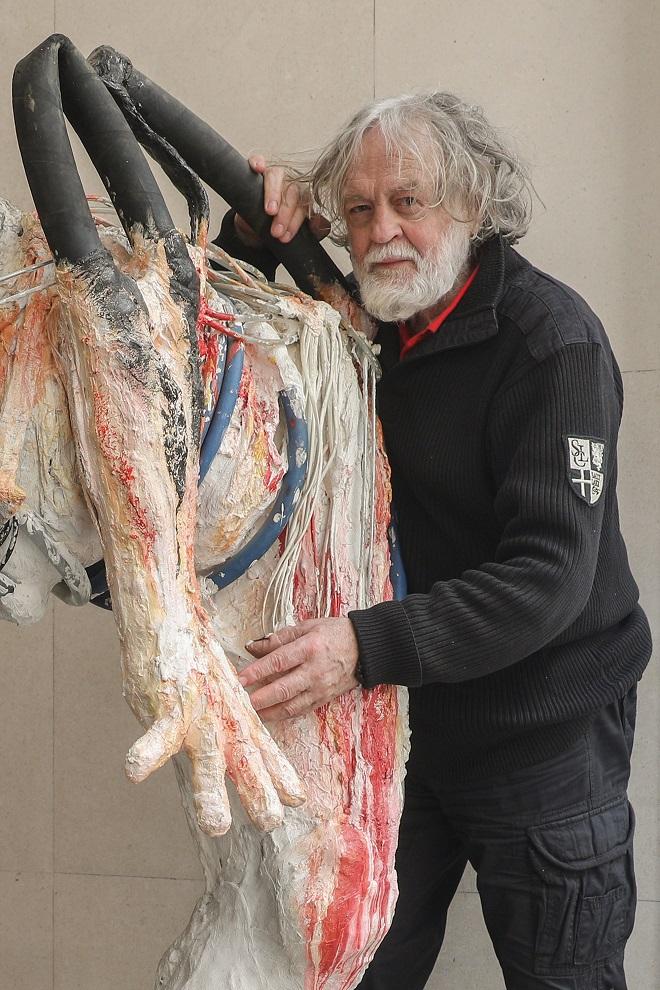 Galerija Kombank dvorane: Izložba slika, skulptura i video rada Miloša Šobajića