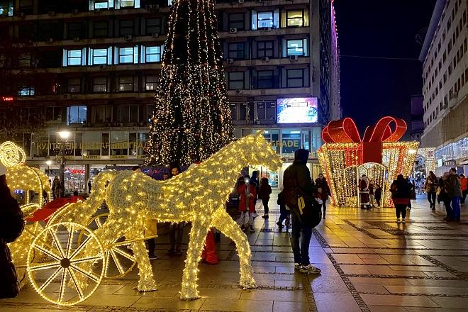 Gašenje i uklanjanje novogodišnje rasvete (foto: Aleksandra Prhal)