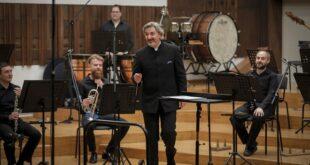 Beogradska filharmonija i Danijel Rajskin, dirigent (foto: Marko Đoković)