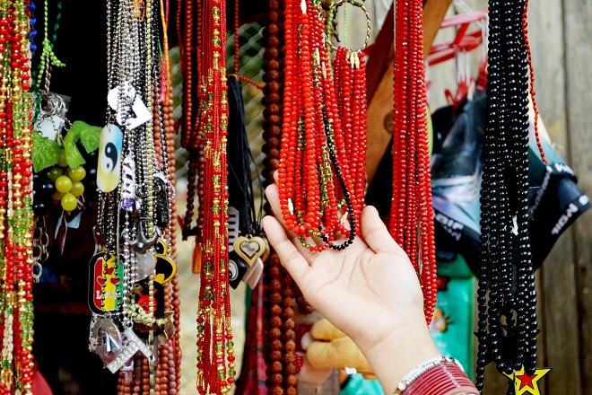 Beogradske pijace: Uoči Dana žena - tradicionalni ženski kutak (foto: Pixabay)